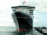 Queen Mary 2 berthing