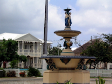 St Kitts heritage sites photos - The fountain in Independence Square in downtown Basseterre St Kitts