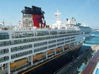Photo of Disney Wonder 1